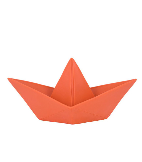 paperboat-coral-red-front-unlit-580x580