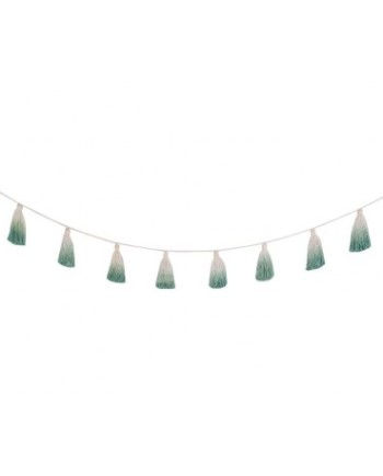 wall-decor-garland-pom-pom-tie-dye-green