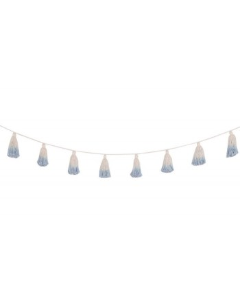 wall-decor-garland-pom-pom-tie-dye-soft-blue