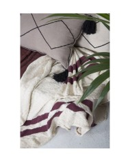 washable-knitted-cotton-blanket-stripes-natural-burgundy (4)